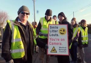 volunteerslitterlouts11012014